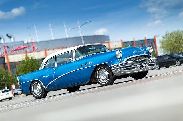 青い色クラシックカー