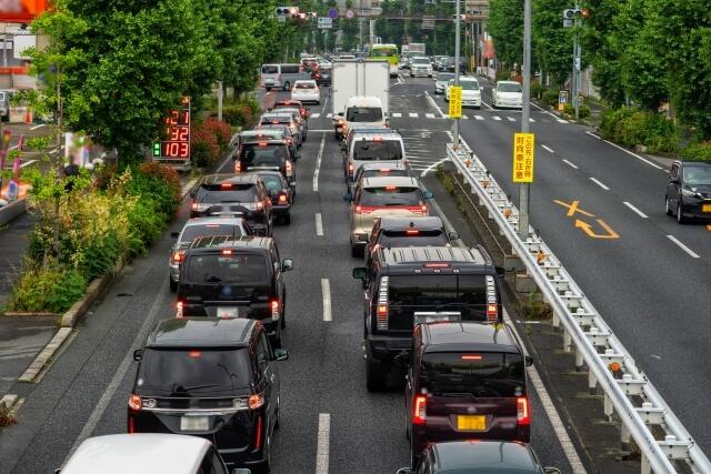 渋滞を引き起こしている